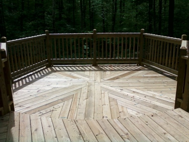 125-custom-decking-pattern