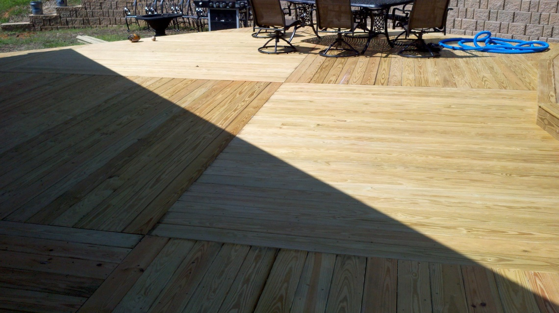 basket weave decking pattern