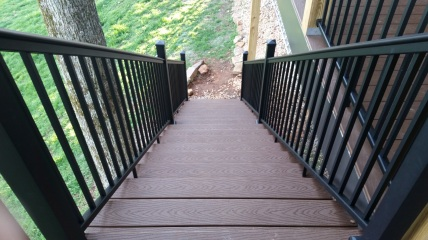 steps with trex decking and aluminum railing