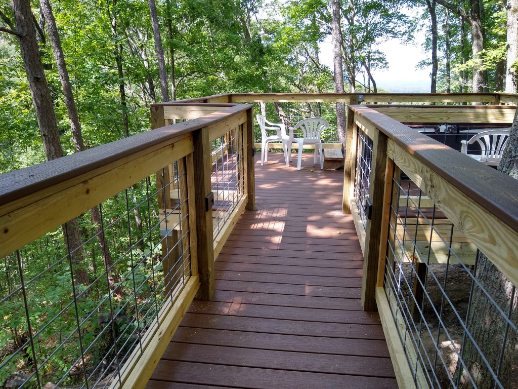 Another view of the deck, more centered